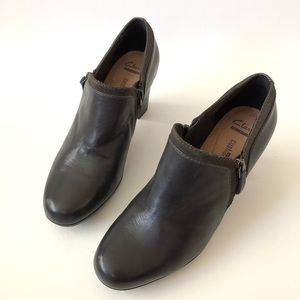 Clarks Leather Ankle Heels Bootie Size 9.5